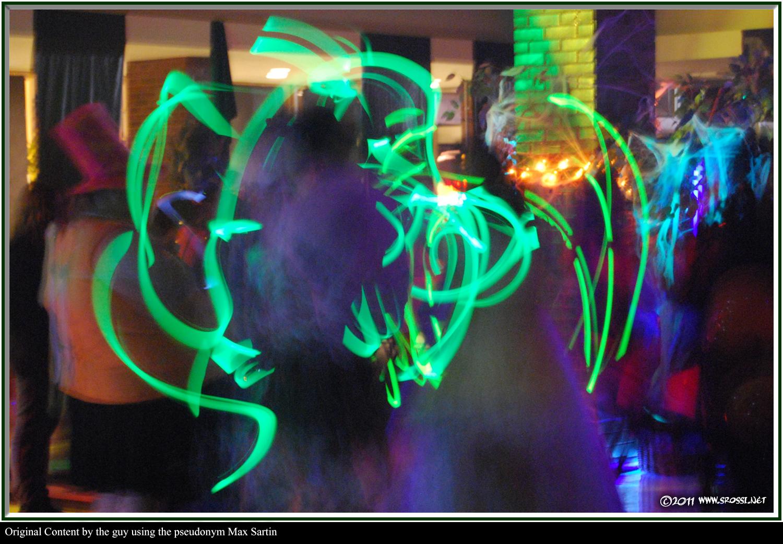 Glow Sticks Dance Dancing-with-glow-sticks